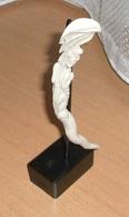 Aus Bein Geschnitzter DRACHE, Sehr Schöne Aufwendige Künstlerische Handarbeit, Altes Einzelstück, Gute Erhaltung ... - Asiatische Kunst