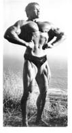 PHOTO HOMME EN MAILLOT DE BAIN CULTURISME CULTURISTE 19 X 10.50 CM - Sports