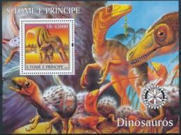 NB - [401404]Sao Tomé-et-Principe 2004 - Rotary International, Dinosaures, Animaux Préhistorique - Rotary, Lions Club