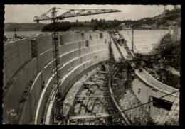 19 - Bort-les-Orgues Le Barrage De Bort En Construction #09591 - Autres Communes