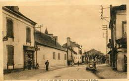 JUILLAN  =  Vers La Mairie Et L'église   589 - Frankreich