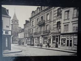 BEUZEVILLE : LA PLACE ET L'EGLISE - France