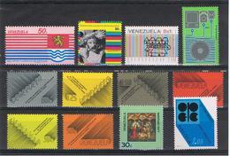 VENEZUELA:  1977  VARI  -  INSIEME  12  VAL. N. -  MICHEL  2064//2077 - Venezuela