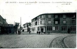 N°72108 -cpa Drancy -avenue De La République- Le Dispensaire- - Drancy
