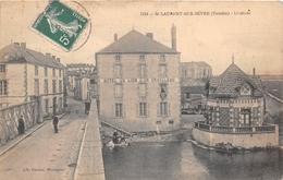 """¤¤   -   SAINT-LAURENT-sur-SEVRE   -  L'Entrée   -  """" Hôtel Du Lion D'Or """" Maison """" GRAVELEAU """"  -  Lavoir    -  ¤¤ - France"""