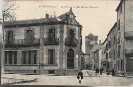 Agde La Poste Et La Rue Honnoré Muratel - Agde