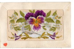 02010-LE-FANTAISIE---------carte Brodée-petit Emplacement Avec Un Mot D'amitié - Embroidered