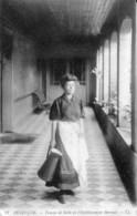 CPA De Besançon - Femme De Salle De L'Etablissement Thermal. Edition L L N° 87. Non Cir. TB état - Besancon
