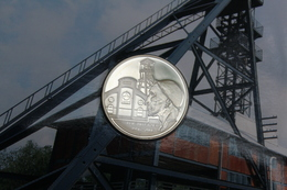 BELGIE 10 EURO  ZILVER 2006   MIJNWERKER      QUALITY PROOF  - ZIE AFBEELDINGEN   : HALVE KARTON - Belgique