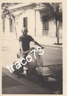 VESPA PIAGGIO  /   Signore In Posa _ Foto Formato  7,5 X 10,5 Cm. - Ciclismo