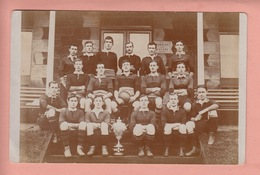 OLD PHOTO POSTCARD  - SPORTS -    RUGBY TEAM NORTHERN IRELAND - PHOTO HEMBRY DONECAL PLACE BELFAST - Rugby