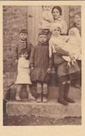 Banneux, La Maman Beco Entourée De Ses Sept Enfants (pk58482) - Sprimont