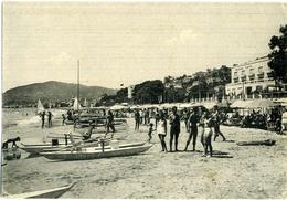 ALASSIO  SAVONA  La Spiaggia  Bagnanti  Pattini  Regina Hotel - Savona