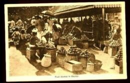 Fruit Market In MADRAS - (Gros Plan Animé Marché Aux Fruits) - India