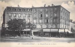 93 - VILLEMOMBLE  - Le Rond Point De La Gare - Villemomble