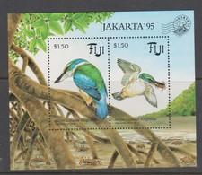 Fiji SG MS 928 1995 Kingfisher Opted Jakarta 95 ,Miniature Sheet,mint Never Hinged - Fiji (1970-...)