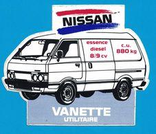 AUTOCOLLANT NISSAN ESSENCE DIESEL 8/9 CV C.U. 880 KG VANETTE UTILITAIRE - Autocollants