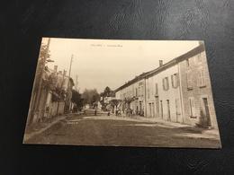 VILLIEU Grande Rue - 1939  Timbrée - Autres Communes