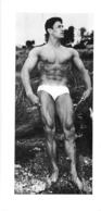 PHOTO HOMME EN MAILLOT DE BAIN CULTURISME CULTURISTE 26.50 X 12.50 CM - Sports