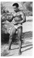 PHOTO HOMME EN MAILLOT DE BAIN CULTURISME CULTURISTE  10.50 X 6.50 CM - Sports