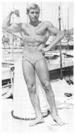 PHOTO HOMME EN MAILLOT DE BAIN CULTURISME CULTURISTE  22 X 12.50 CM - Sports
