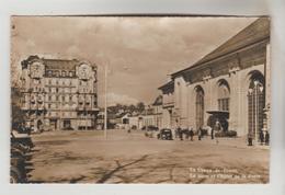CPSM LA CHAUX DE FONDS (Suisse-Neuchatel) - La Gare Et L'Hôtel De La Poste - NE Neuchâtel