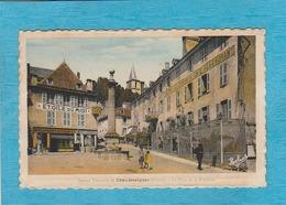 Station Thermale De Chaudesaigues (Cantal) La Place De La Fontaine. Café-Restaurant-Salons Pour Banquets. Étoile Du Midi - Sonstige Gemeinden