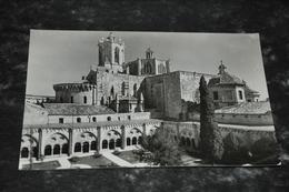 5681  TARRAGONA,  CATEDRAL VISTA DESDE EL CLAUSTRO - Tarragona