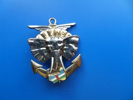 Eléments Français D'Assistance Opérationnelle    , Insigne Parachutiste   , Insigne , Sans Fabricant - Armée De Terre