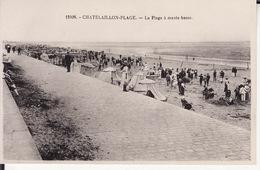 CPA 17 -- CHATELAILLON PLAGE -- La Plage à Marée Basse - Châtelaillon-Plage