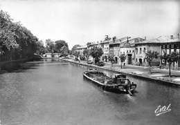 11 - Castelnaudary - Très Beau Cliché Animé Du Canal Du Midi - ( Péniche ) - Castelnaudary