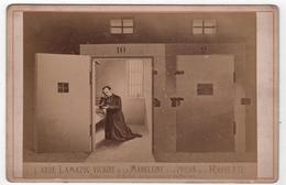 Photo Originale Cabinet XIXéme Commune Abbé Lamazou Prison La Roquette 1871 Par Appert - Photographs