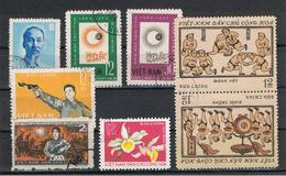 VIETNAM  DEL  NORD:  1957/76  VARI  -  8  VAL. US. -  MICHEL  59//842 - Vietnam
