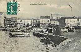 -dpts Div.-ref-AH549- Var - Brusc - Le Vieux Brusc - Port - Bateaux - Pecheurs - - Other Municipalities