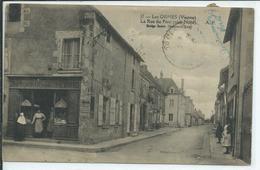 Les Ormes- La Rue Du Pont(coté Nord) - Autres Communes