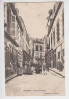 CPA Vannes - Rue Des Vierges (avec Très Belle Animation) - Cliché Très Peu Courant - Vannes