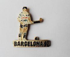 Pin's JO Barcelona 92 Barcelone HOCKEY SUR GAZON - EB - Athlétisme