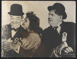 """STAN LAUREL, OLIVER HARDY (MOVIE """"The Flying Deuces"""" 1939.) - Vintage LOBBY CARD - LC3-63 - Cinema Advertisement"""