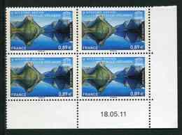 """Bloc De 4 Timbres** Gommés De 2011 """"0,89 € - U.N.E.S.C.O. - Milford Sound Nouvelle-Zélande"""" Avec Date 18 . 05 .11 - Coins Datés"""