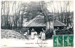 94370 SUCY EN BRIE - Fontaine De Villiers - Femmes Au Lavoir, Lavandière - Pas La Plus Courante - Sucy En Brie