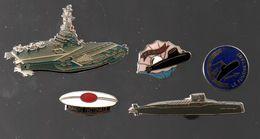 PIN'S SOUS MARIN PERLE (numéroté 2041), LE FOUDROYANT (rare),LE REDOUTABLE,PORTE-AVIONS ET BERET MARINE NATIONALE...BT10 - Militaria