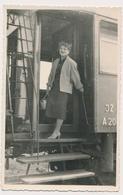 REAL PHOTO -  TRAIN ON RAILWAY STATION, Woman,  JZ Jugoslavija  -  Old Photo Snapshot - Trenes