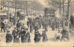 Paris - La Sortie De La Station Du Métro (Métropolitain) Porte Maillot - Carte LL N° 299 Non Circulée - Metropolitana, Stazioni