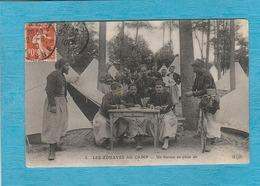 Les Zouaves Au Camp. - Un Bureau En Plein Air. - ( Tampon De L'Aisne Pour Les Lilas, Seine ). - Altri Comuni