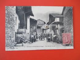Environs De SAINT RAMBERT En BUGEY - Une Rue De Torcieu Avec Belle Animation - Voyagée En 1904 - TBE - France