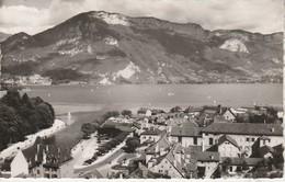 74 - ANNECY - Vue Générale De La Vieille Ville, Du Port Et Du Mont Veyrier - Annecy