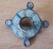 Fibule Romaine Circulaire Bouletée Et émaillée - Type 27c - Avec Son Ardillon - Archaeology