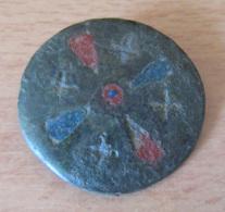 Fibule Romaine Circulaire Monétiforme à Identifier - Partiellement émaillée - Avec Son Ardillon - Archeologie