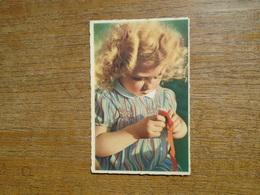 Carte Assez Rare écrite A Une Petite Fille , Le 8 Juin 1944 Et Qui Parle Du Débarquement De Normandie - Portraits