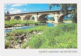 Cher        H106        Saint Amand Montrond.Depuis Le Pont , Les Berges Du Cher - Saint-Amand-Montrond